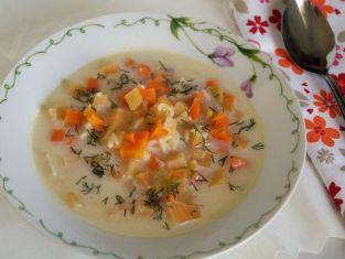 Zupa jarzynowa z brukwią