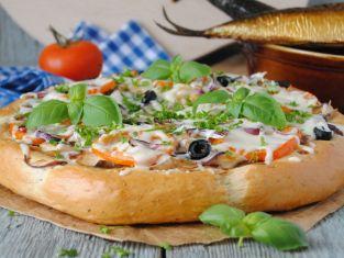 Pizza z makrelą
