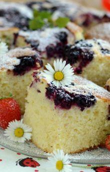 Ciasto norweskie z jeżynami