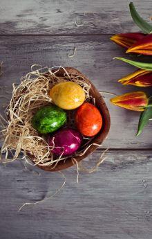 Jajka naturalnie barwione