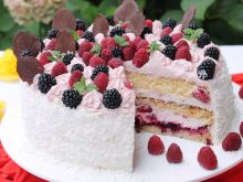 Tort malinowo jeżynowy
