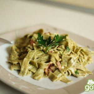 Spaghetti carbonara z białym winem