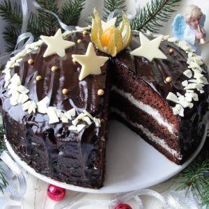 Tort piernikowy z kremem i powidłami