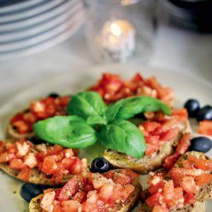 brushetta z pomidorami