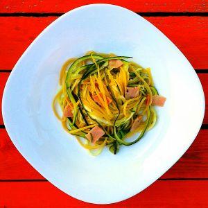 Spaghetti z cukinią i cytryną