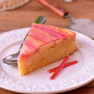 Odwrócone ciasto z rabarbarem