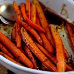 Libańska marchewka w miodzie i kuminie