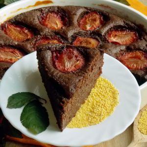 ciasto jaglane ze śliwkami