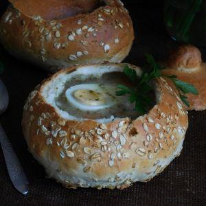 żurek w chlebku
