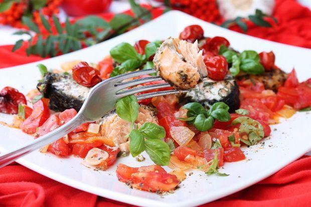 Łosoś w pomidorach