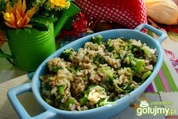 Ryż brązowy z brokułami