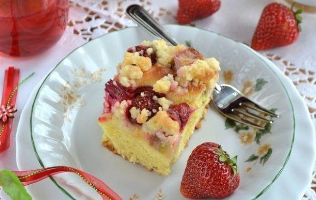 Ciasto rabarbarowo-truskawkowe