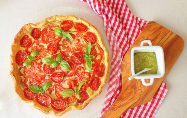 quiche z pieczonymi pomidorami